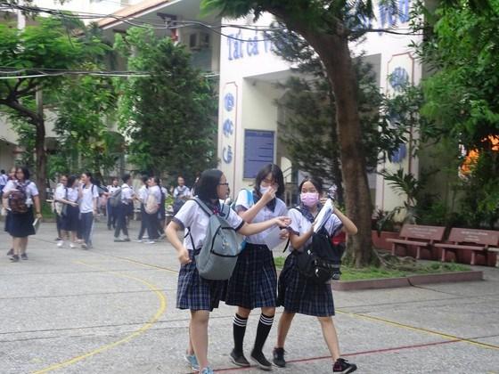 Toàn bộ học sinh TPHCM sẽ được hỗ trợ học phí học kỳ 1 năm học 2021-2022