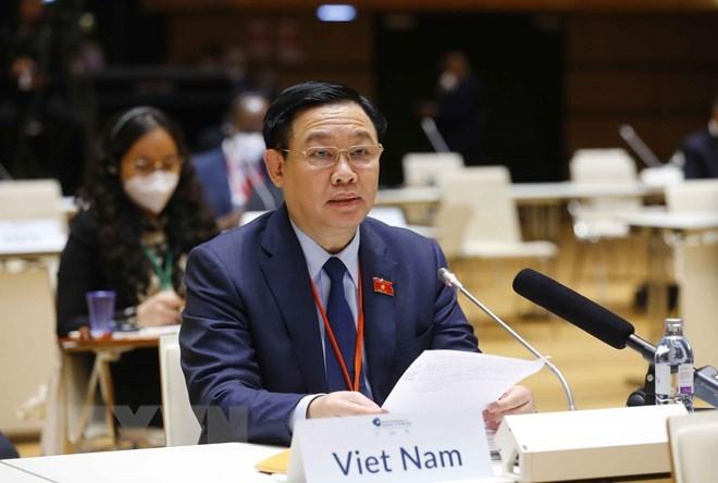 Chủ tịch Quốc hội Vương Đình Huệ phát biểu.(Ảnh: Doãn Tấn/TTXVN)