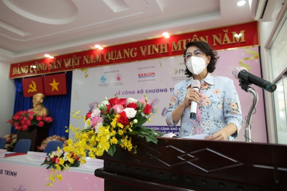 Chủ tịch Ủy ban MTTQ Việt Nam TPHCM Tô Thị Bích Châu phát biểu tại chương trình, sáng 10-9. Ảnh: DŨNG PHƯƠNG