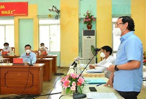 """Bí thư Thành ủy TPHCM Nguyễn Văn Nên: Vừa đảm bảo chống dịch, vừa đảm bảo """"sức khỏe"""" nền kinh tế - Ảnh 2"""