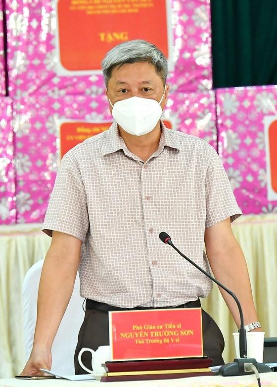 """Bí thư Thành ủy TPHCM Nguyễn Văn Nên: Vừa đảm bảo chống dịch, vừa đảm bảo """"sức khỏe"""" nền kinh tế - Ảnh 4"""