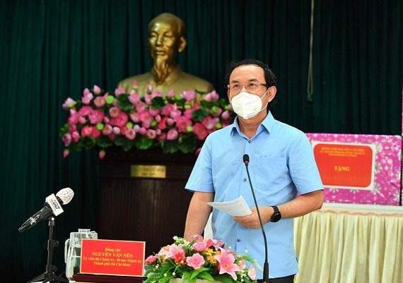 """Bí thư Thành ủy TPHCM Nguyễn Văn Nên: Vừa đảm bảo chống dịch, vừa đảm bảo """"sức khỏe"""" nền kinh tế - Ảnh 1"""
