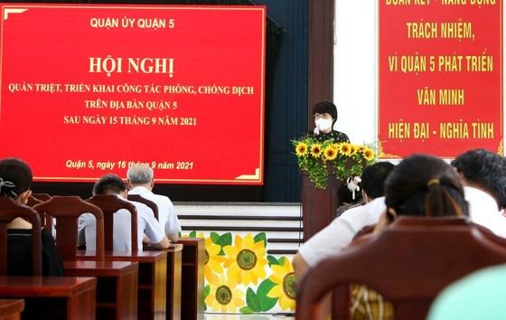 """Chủ tịch UBND quận 5 Trương Minh Kiều cho biết, quận dự kiến mở phiên chợ lưu động tại các """"vùng xanh"""""""
