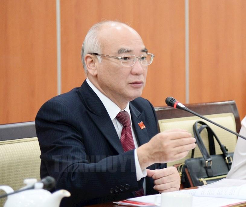 Trưởng Ban Tuyên giáo Thành ủy TPHCM Phan Nguyễn Như Khuê phát biểu tại buổi họp báo.