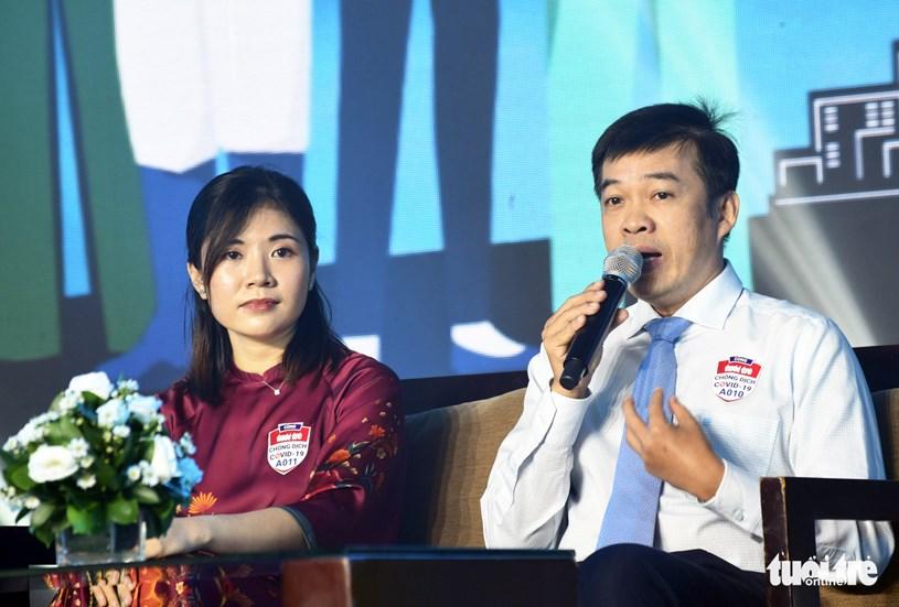 Bác sĩ CKII Trần Thanh Linh, phó khoa hồi sức cấp cứu Bệnh viện Chợ Rẫy, kể lại những ngày căng mình chống dịch - Ảnh: DUYÊN PHAN