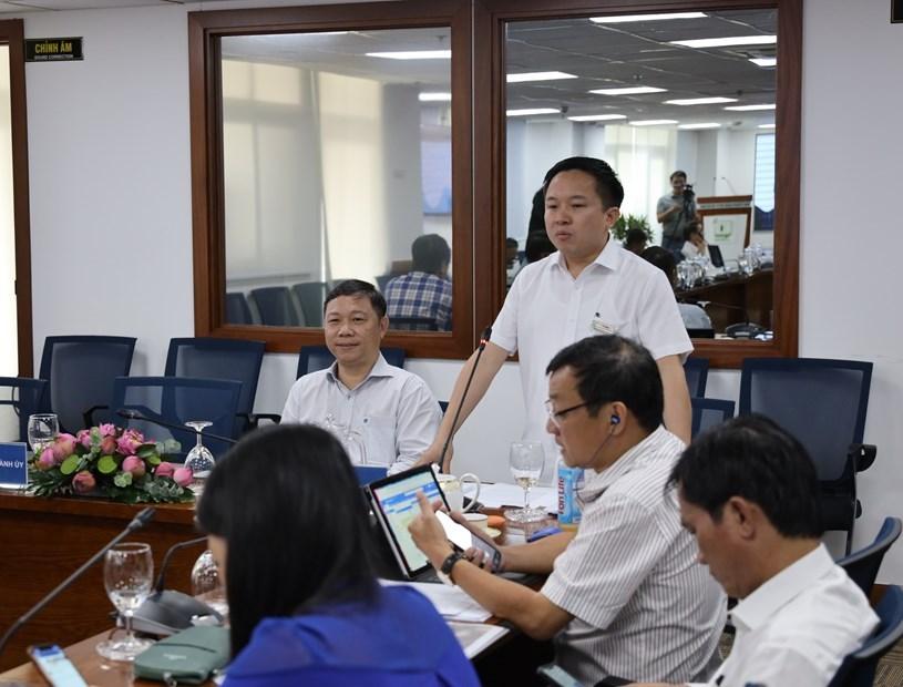 Ông Từ Lương, Phó Giám đốc Sở Thông tin và Truyền thông, Giám đốc Trung tâm Báo chí Thành phố phát biểu tại buổi họp báo