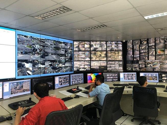Từ khi thành lập Trung tâm Quản lý điều hành giao thông đô thị thông minh TP.HCM đã điều chỉnh việc lưu thông qua các nút giao (đèn xanh - đèn đỏ) hợp lý hơn.