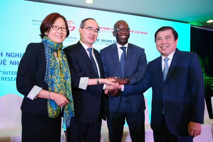 Lãnh đạo TP cùng lãnh đạo Ngân hàng Thế giới tại Việt Nam tham dự hội thảo sáng 25-9/Sở TT&TT