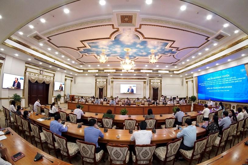 Hơn 8 tháng vận hành đã kết nối với 18 bộ, cơ quan, 63 tỉnh, thành phố và 8 ngân hàng, trung gian thanh toán, đơn vị cung cấp dịch vụ ví điện tử. Ảnh Hoàng Hùng.