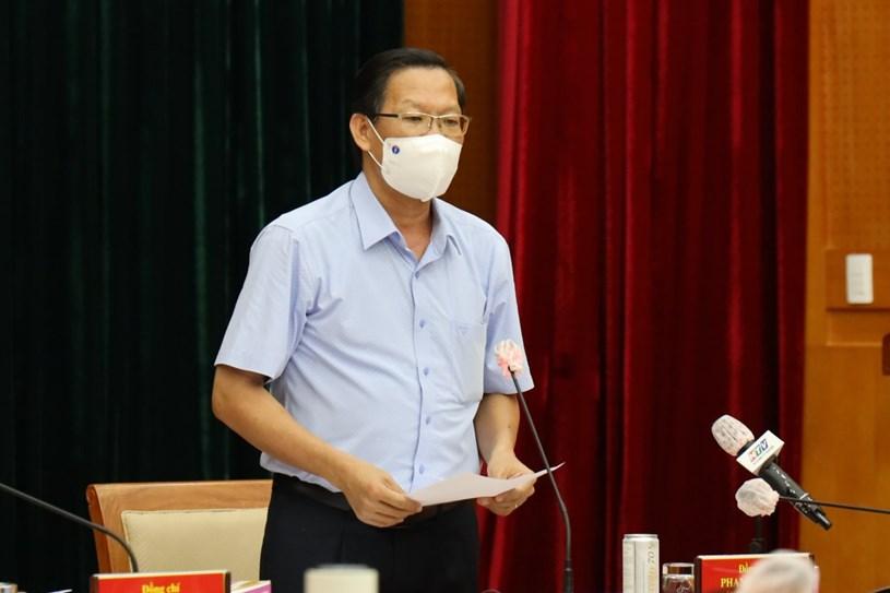 Phó Bí thư Thường trực Thành ủy Phan Văn Mãi phát biểu tại Hội nghị. Ảnh: Huyền Mai