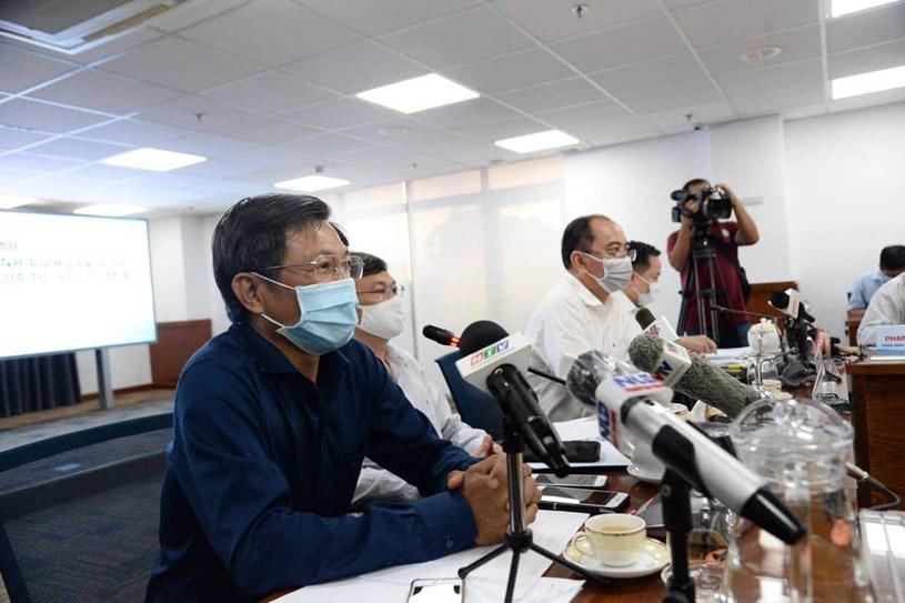 Bác sĩ Nguyễn Chí Dũng - Giám đốc Trung tâm Kiểm soát bệnh tật thông tin về tình hình dịch bệnh tại TP.