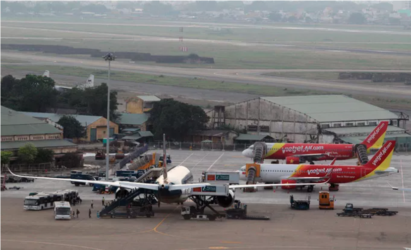 Sân bay Tân Sơn Nhất - Ảnh: Hoàng Triều