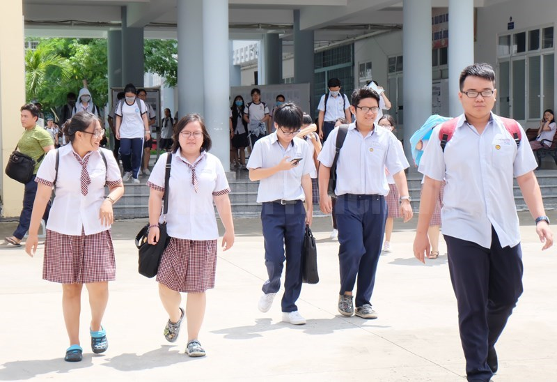 TPHCM: Học sinh sinh viên bắt đầu đi học trở lại từ 1/3. Ảnh:Thanhuytphcm.vn