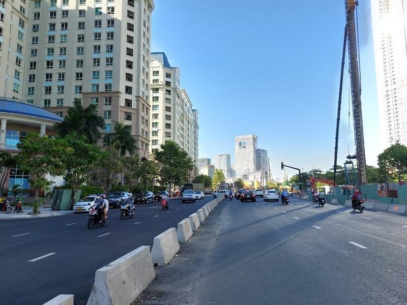 Dự án nâng cấp, sửa chữa đường Nguyễn Hữu Cảnh dài 3,2 km dự kiến hoàn thành vào dịp 30-4 năm nay.