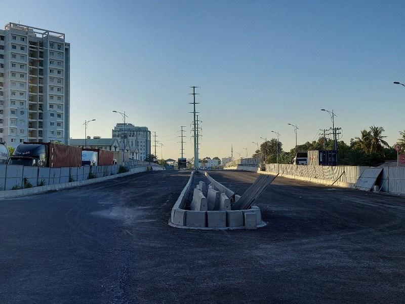 Đối với dự án cầu Mỹ Thủy 3 (thuộc dự án xây dựng nút giao thông Mỹ Thủy), dự án cơ bản đã hoàn thành các hạng mục chính như phần cầu và đường.