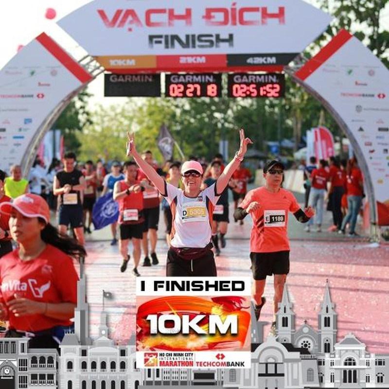 Giải marathon quốc tế gồm sáu cự ly cho trẻ em và người lớn cùng tham gia.