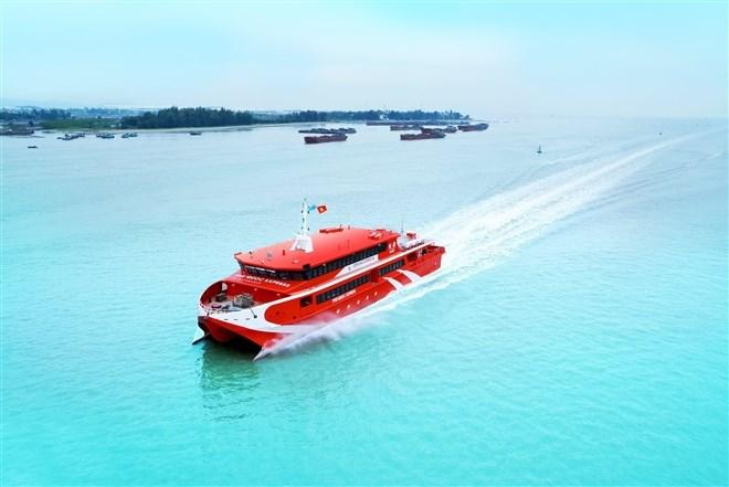 Tàu cao tốc từ TPHCM đi Côn Đảo sẽ xuất phát từ bến Bạch Đằng. Ảnh: TTO
