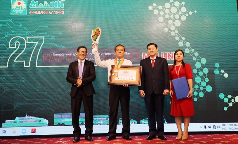 """Tập đoàn Mai Linh xác lập kỷ lục """"Hãng taxi có số lượng ca hộ sinh trên xe nhiều nhất Châu Á"""""""