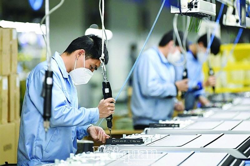 Dịch Covid-19 tác động đáng kể đến hoạt động của các doanh nghiệp. Ảnh: HQ online
