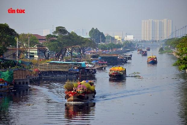 Chợ Hoa xuân Trên bến dưới thuyền năm 2020. (Nguồn: Báo Tin tức)