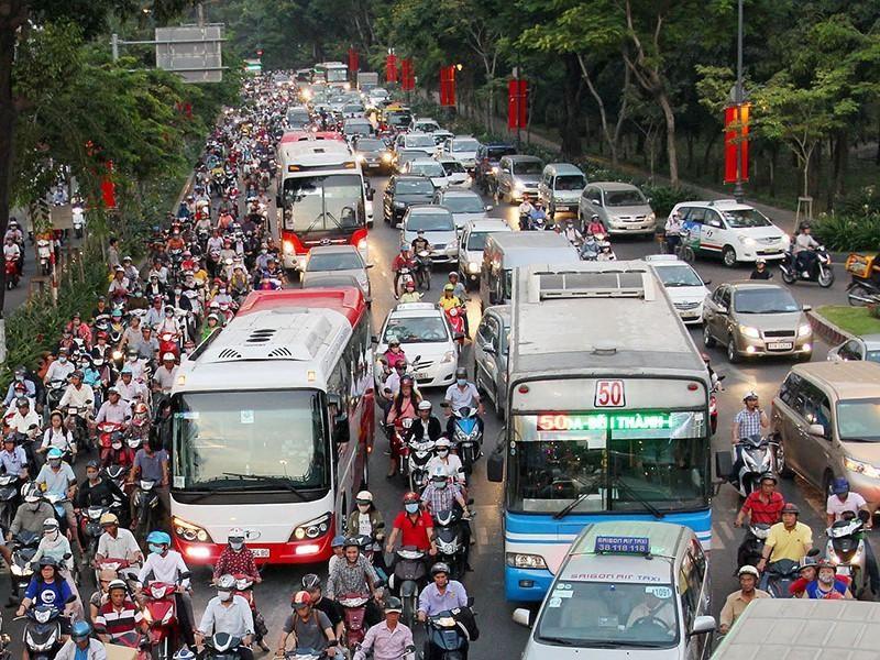Sở GTVT đã lên nhiều phương án để giải quyết kẹt xe khu vực sân bay Tân Sơn Nhất - Ảnh: Hoàng Giang (PLO)