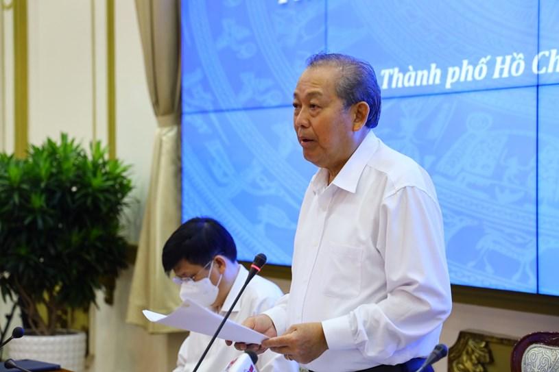 Phó Thủ tướng Thường trực Chính phủ Trương Hòa Bình chỉ đạo tạo buổi làm việc. Ảnh: Huyền Mai