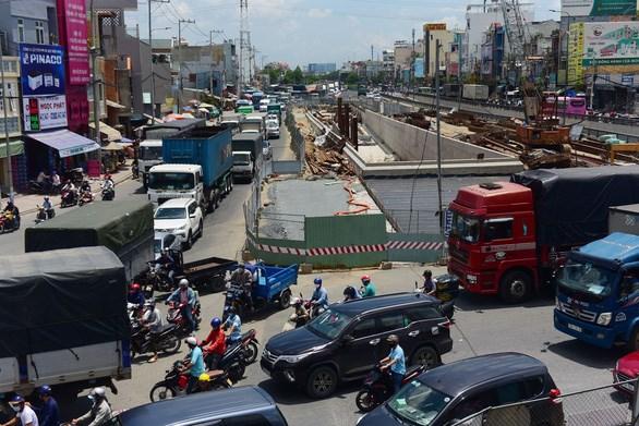 Quốc lộ 22 thường xuyên bị kẹt xe, Sở Giao thông vận tải đang đề xuất mở rộng và xây dựng cao tốc TP.HCM - Mộc Bài (Tây Ninh) - Ảnh: QUANG ĐỊNH
