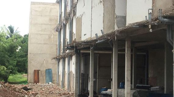 Khu chung cư mini tại phường Linh Đông (quận Thủ Đức) đã bị cưỡng chế tháo dỡ phần vi phạm