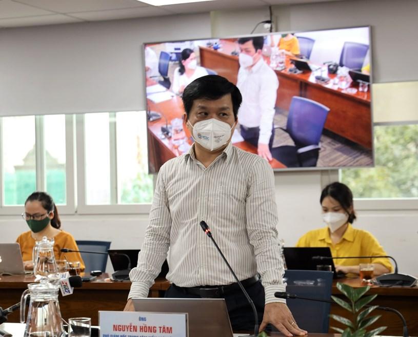 """""""Người tiêm đủ 2 mũi vắc xin vẫn có khả năng mắc COVID-19 và lây cho người khác""""- ông Nguyễn Hồng Tâm nhấn mạnh"""