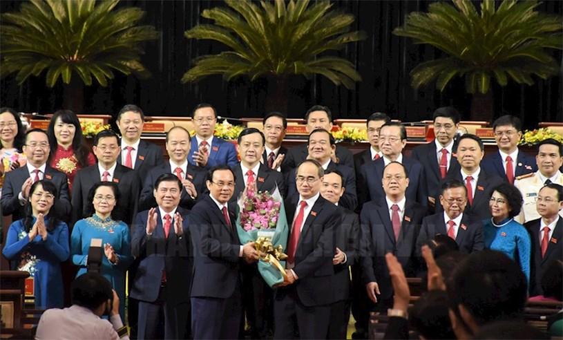 """Đảng bộ TPHCM khóa XI tiếp tục """"vì cả nước, cùng cả nước"""""""