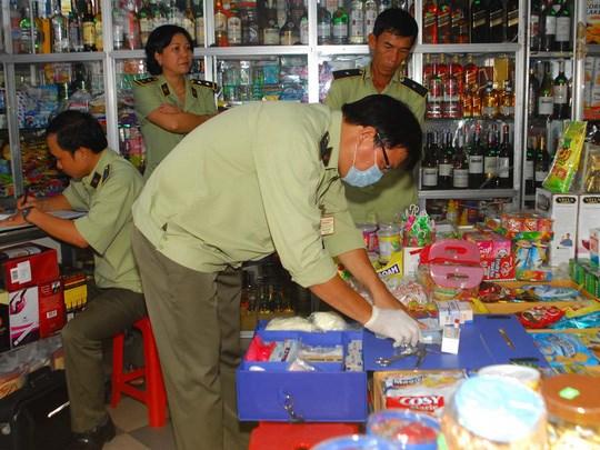 Lực lượng chức năng kiểm traan toàn thực phẩm