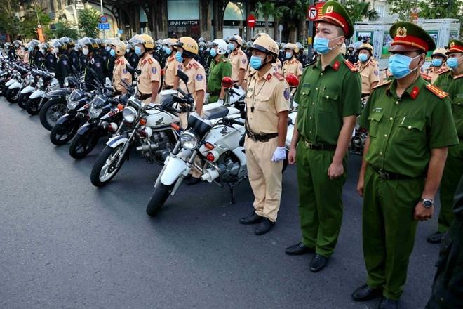 Công an TPHCM ra quân trấn áp tội phạm, bảo đảm an ninh trật tự (ANTT) Đại hội Đảng toàn quốc và Tết Nguyên đán 2021. Ảnh: Đậu Tiến Đạt/báo Thanh Niên.